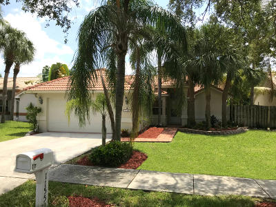 Delray Beach Single Family Home For Sale: 1155 E Lancewood Place
