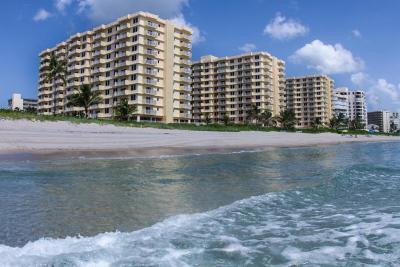 Highland Beach Condo For Sale: 3301 S Ocean Boulevard #308