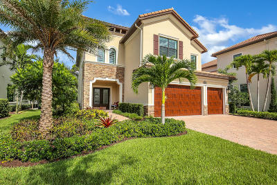 Palm Beach Gardens Single Family Home For Sale: 215 Gardenia Isles Drive