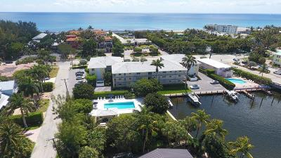 Delray Beach Condo For Sale: 1700 S Ocean Boulevard #8