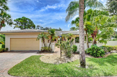 Boynton Beach Single Family Home For Sale: 58 Northwoods Lane