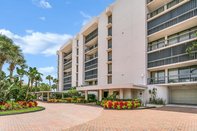 Yacht & Racquet Club Of Boca Raton, Yacht & Racquet Club Of Boca Raton Condo Condo For Sale: 2697 Ocean Boulevard #F205