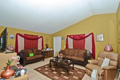 Stuart Multi Family Home For Sale: 3166 SE Garden Street