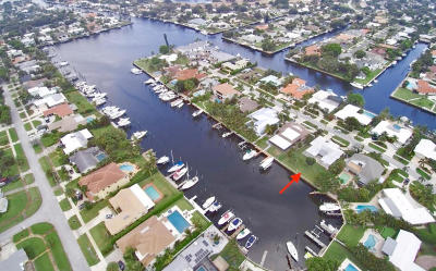 North Palm Beach Single Family Home For Sale: 713 Waterway Drive