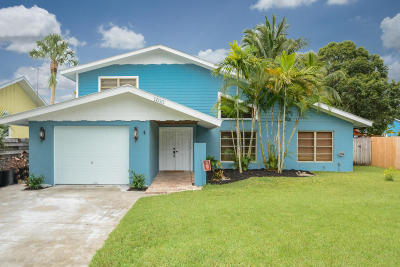 Palm City Single Family Home For Sale: 1610 SW Sunset Trail
