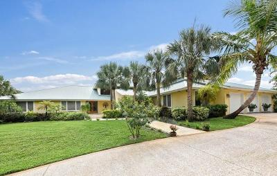 Hobe Sound Single Family Home For Sale: 8576 SE Mangrove Street