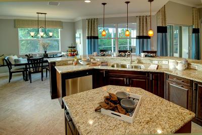 Vero Beach Single Family Home For Sale: 264 11th Square SW