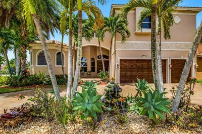 Lake Worth Single Family Home For Sale: 8941 Club Estates Way