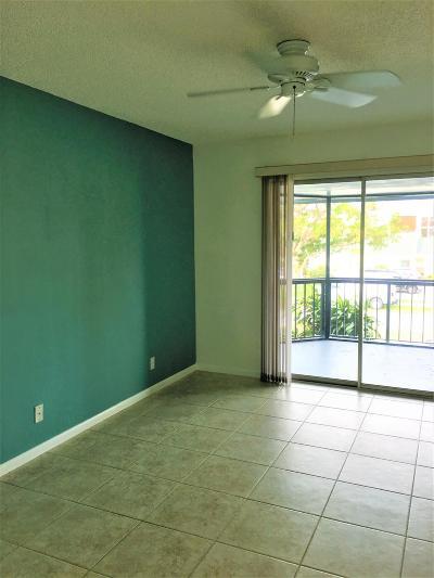 North Palm Beach Condo For Sale: 128 Lehane Terrace #204