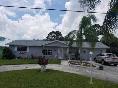 Stuart Single Family Home For Sale: 2340 NW Pine Lake Drive