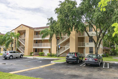 Coral Springs Condo Contingent: 8268 NW 24th Street