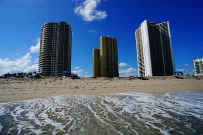 Phoenix Towers Condo For Sale: 2800 Ocean Drive #A-20b