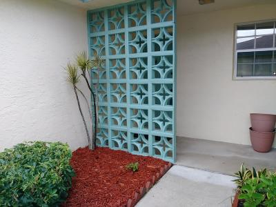 Delray Beach Single Family Home For Sale: 5373 Lakefront Boulevard #A