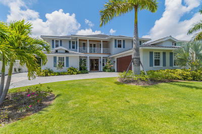 North Palm Beach Single Family Home For Sale: 2520 Estates Drive #3