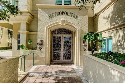 West Palm Beach Condo For Sale: 403 S Sapodilla Avenue #301