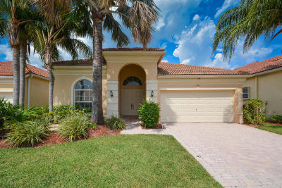Delray Beach Single Family Home For Sale: 7191 Lorenzo Lane