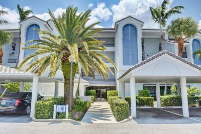Juno Beach Condo For Sale: 134 Bay Colony Drive #134