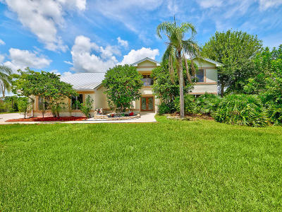 Palm City Single Family Home For Sale: 9809 SW Malibu Terrace