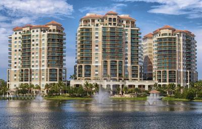 Palm Beach Gardens Condo For Sale: 3620 Gardens Parkway #402b