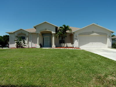 Port Saint Lucie Single Family Home For Sale: 6943 NW Hershy Circle