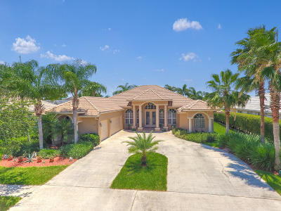 Royal Palm Beach Single Family Home Contingent: 160 Cypress Trace