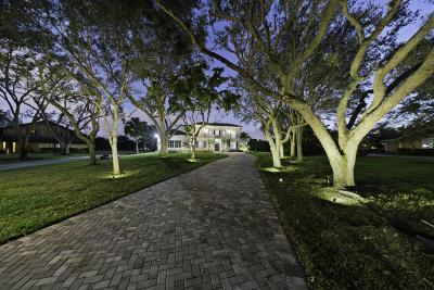 Palm Beach Single Family Home For Sale: 8056 Native Dancer Road E