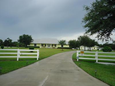 Port Saint Lucie Single Family Home For Sale: 17700 Wagonwheel Lane