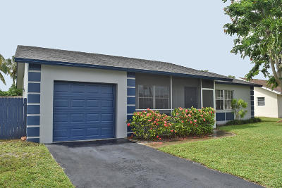 Boca Raton Single Family Home For Sale: 9540 Richmond Circle