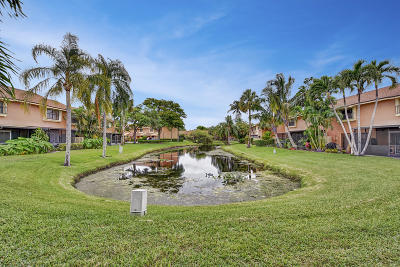 Coconut Creek Townhouse For Sale: 3605 Carambola Circle