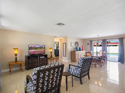 West Palm Beach Single Family Home For Sale: 1733 Julie Tonia Drive