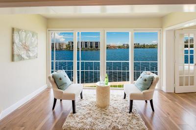 Condo For Sale: 711 Harbour Terrace #404