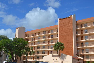 Delray Beach Condo For Sale: 14527 Bonaire Boulevard #502