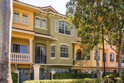 Harbour Oaks Rental Contingent: 11860 Valencia Gardens Avenue