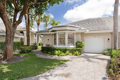 Wellington Single Family Home For Sale: 2980 Twin Oaks Way