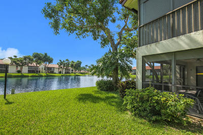 Boynton Beach Condo For Sale: 10656 Tropic Palm Avenue #101