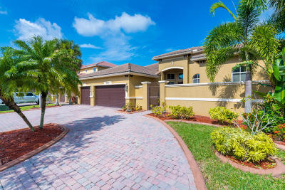 Lake Worth Single Family Home For Sale: 10432 Cypress Lakes Preser Drive