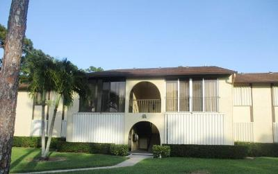 Greenacres FL Condo For Sale: $76,000