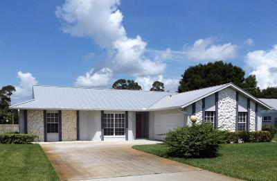 Holiday Pines Single Family Home Contingent: 5209 Eagle Drive
