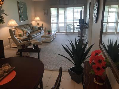 Ocean Ridge Condo For Sale: 5540 Ocean Boulevard #102