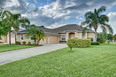 Jensen Beach Single Family Home For Sale: 459 NW Sunflower Place
