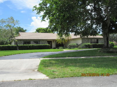 Broward County, Palm Beach County Single Family Home For Sale: 22331 Waterside (Solitude) Drive