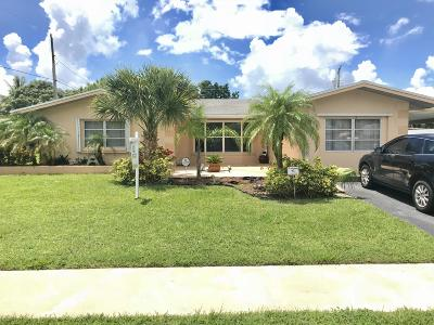 Royal Palm Beach Single Family Home For Sale: 11764 Dahlia Drive