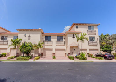 Delray Beach Townhouse For Sale: 1020 E Longport Circle #F2