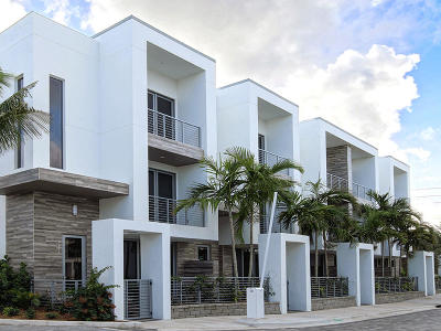 Boca Raton Townhouse For Sale: 4010 NW 17th Avenue