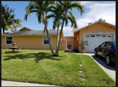 Royal Palm Beach Single Family Home Contingent: 10404 Oliver Lane