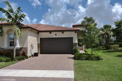 Delray Beach Single Family Home For Sale: 7685 La Zagara Place