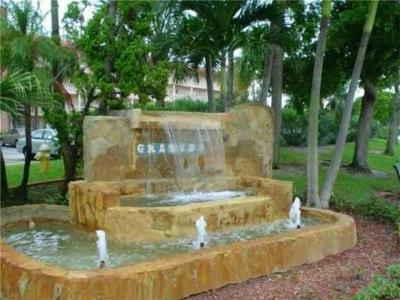 Coconut Creek Condo For Sale: 2004 Granada Drive #G1