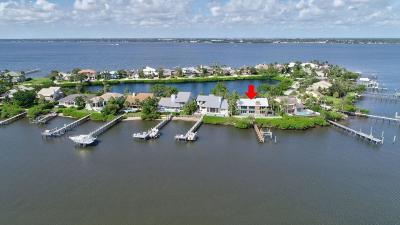 Stuart Single Family Home For Sale: 4040 NE Joes Point Road