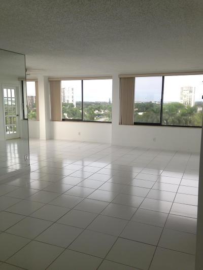 West Palm Beach Condo Sold: 1500 Presidential Way #803