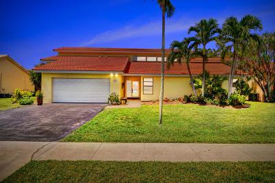 Boca Raton Single Family Home For Sale: 21155 Madria Circle